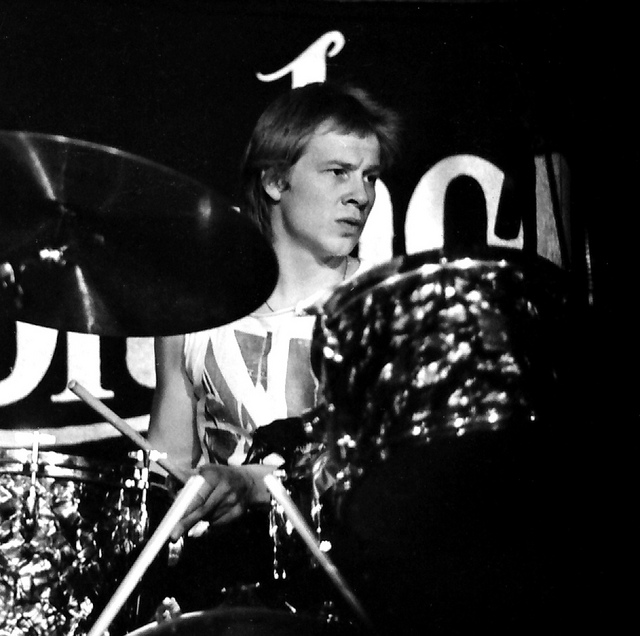 """Born on this day: Paul Cook of The Sex Pistols – Watch the video for the Sex Pistols – """"Holidays In The Sun"""" 